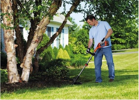 """Black+Decker 40V Max Lithium Ion String Trimmer 13"""" $99.99 **Today Only**"""