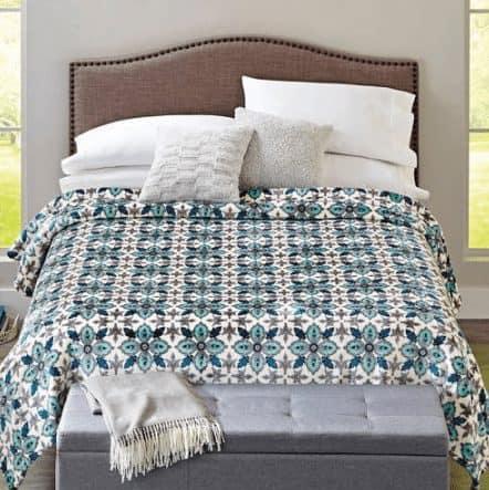 Better Homes and Gardens Velvet Plush Blanket $12