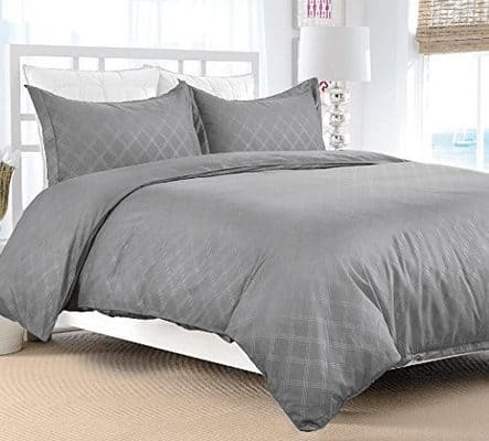 Bedsure Duvet Cover Set with Zipper from $11.99 - King ONLY $17.99
