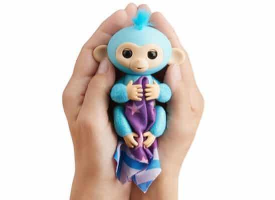 Fingerlings Interactive Glitter Monkey Amelia + Bonus Blankie $17.99