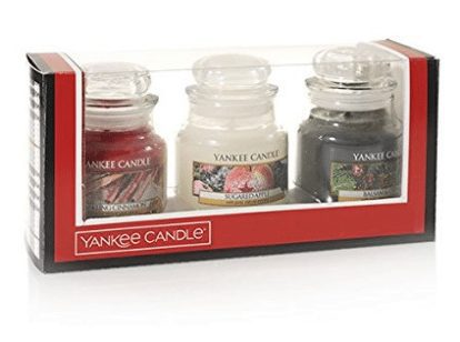 Yankee Candle Holiday Small Jar Trio Gift Set $14.99 (Was $29)