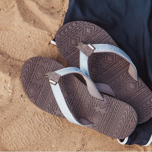 MUK LUKS Emma Flip Flops Only $14.99 Shipped (Was $28)