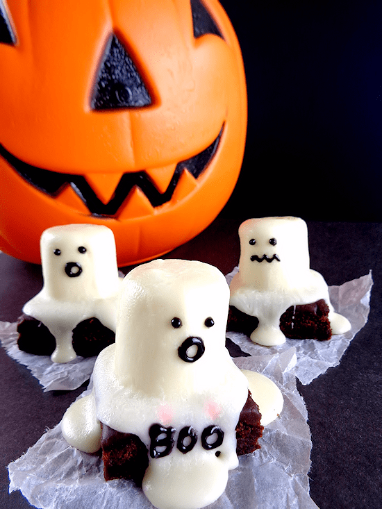 Quick & Easy Halloween Party Foods for Kids & Adults