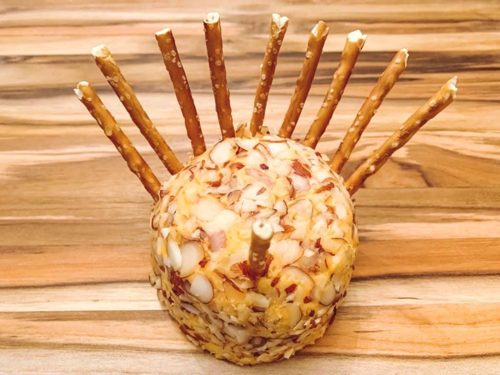Turkey Cheese Ball - Easy & Fun Dish to Take to Thanksgiving