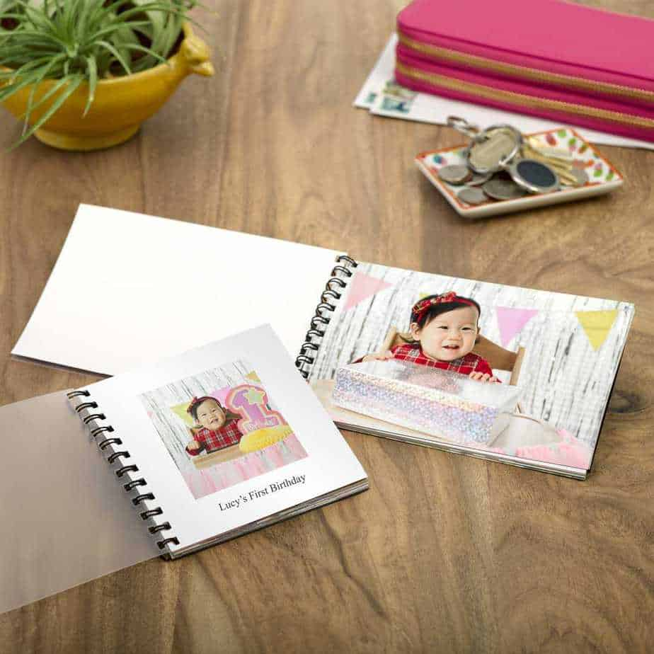 "Walgreen's: 75% Off 4""x6"" or 4""x4"" Photo PrintBook"