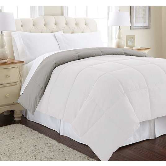 Up to 46% Off Amrapur Alternative Down Comforters **Today Only**