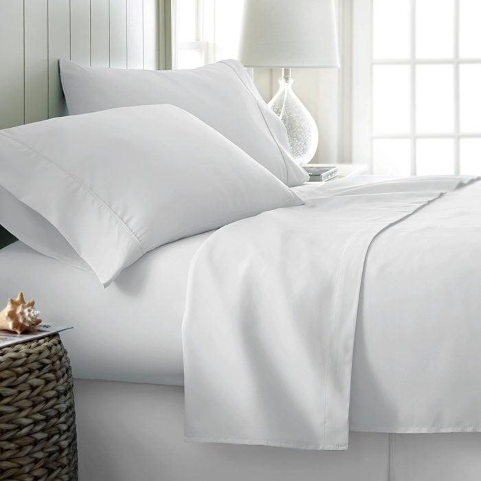 Mayfair Linen 100% Egyptian Cotton Queen Sheets Set, 600 Thread Count .24 (Was )
