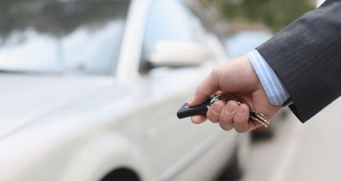 How to Save Money on Your Teenager's Car Insurance