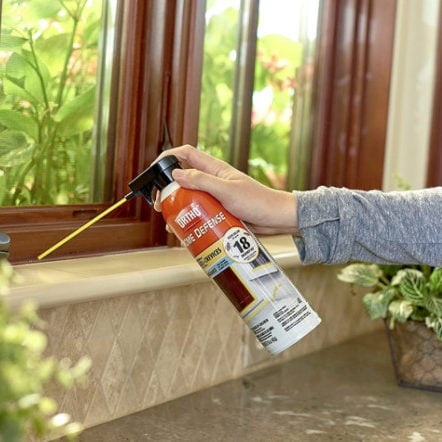 Ortho Home Defense Insect Killer for Cracks & Crevices, 16 oz. Now .20 (Was .99)