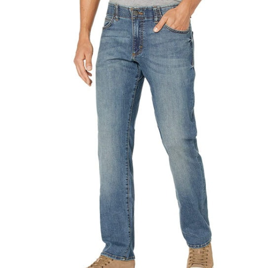 Lee Men's Extreme Motion Straight Fit Jeans Now  (Was .80)